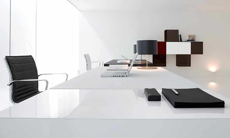 untitled aux docks du bureau buro espace. Black Bedroom Furniture Sets. Home Design Ideas