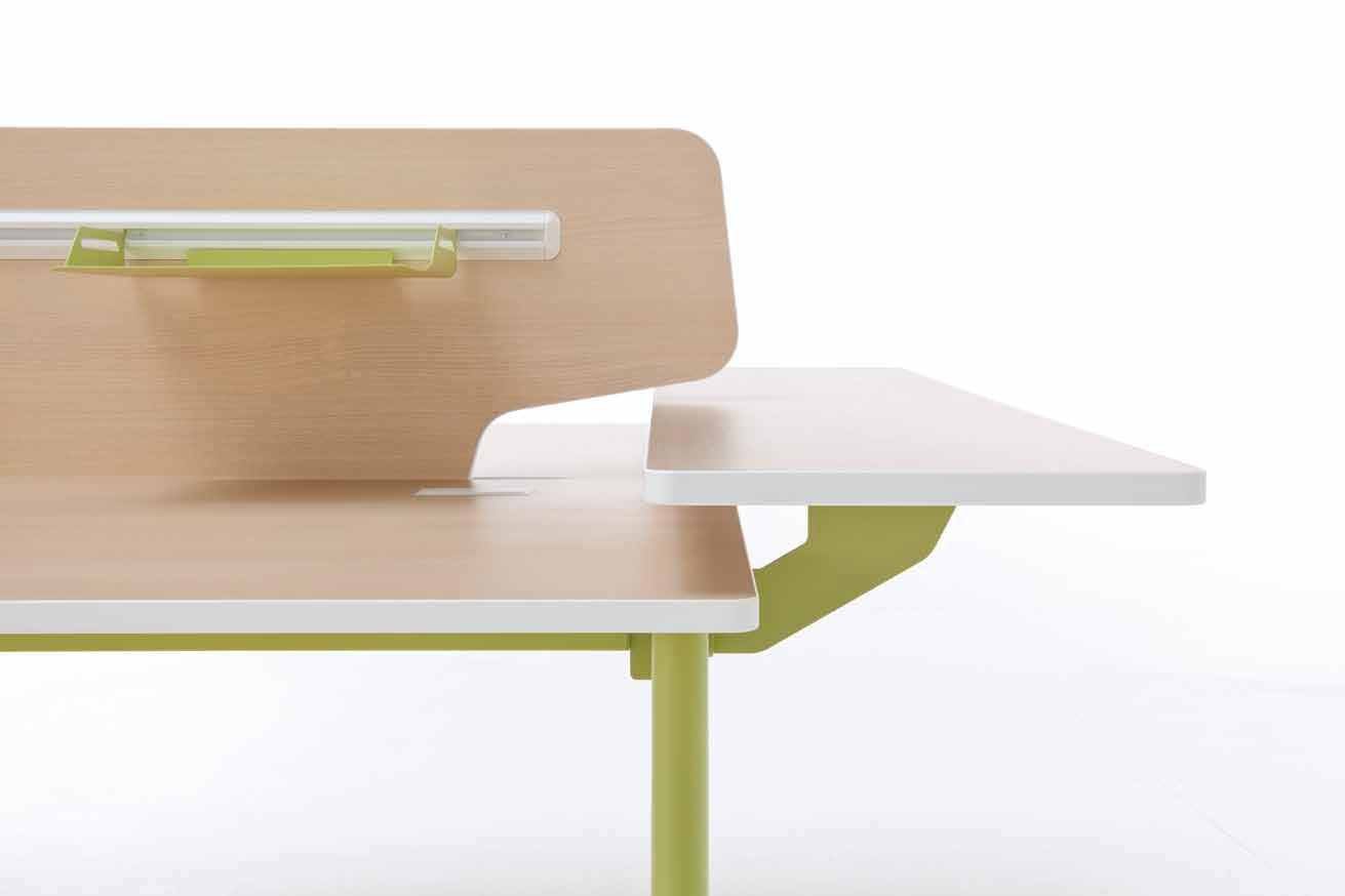 nouvelle vague aux docks du bureau buro espace. Black Bedroom Furniture Sets. Home Design Ideas