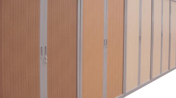 armoires à rideaux