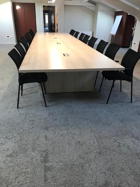 amenagement-bureau-client-table-xxl